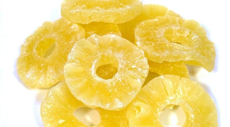 Ananas-cukati