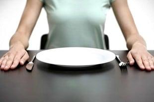 Очистить организм голоданием, чтобы продлить жизнь и молодость
