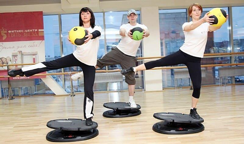 упражнения на кор-платформе