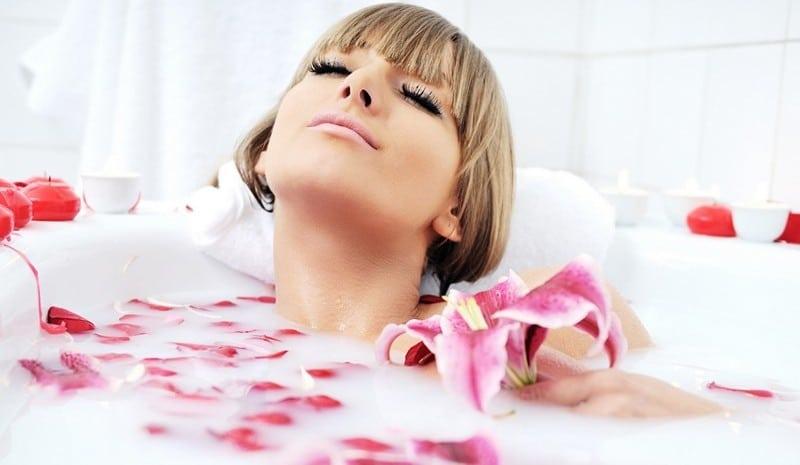 убрать растяжки на животе ванна