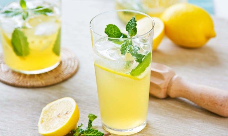 вода с лимоном очищение кишечника
