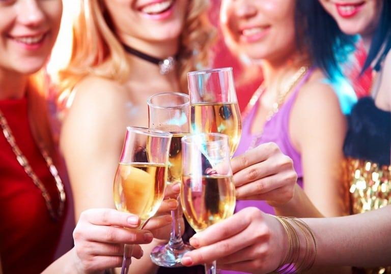 https://bezpuza.ru/wp-content/uploads/2016/02/kalorijnost-shampan-768x539.jpg