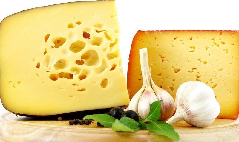 сколько жира в сыре