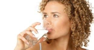 Питьевая диета – опасна, но эффективна