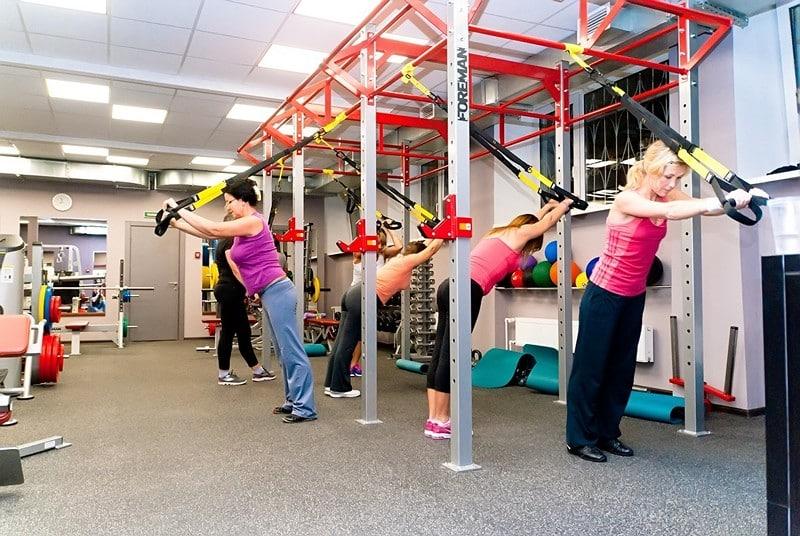 Упражнения на TRX петлях