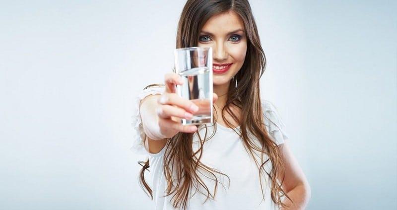 нужно пить больше чистой воды